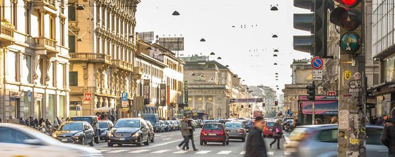 destinations-italy_milan_street_corso_buenos_aires